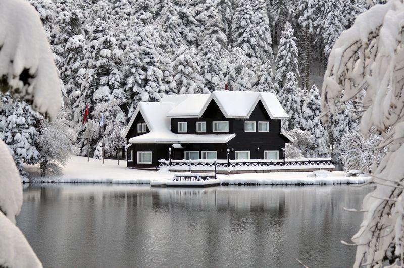 türkiye'de kışın gezilecek yerler abant gölü
