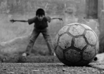 futbolun butun kurallari maddeler halindeb