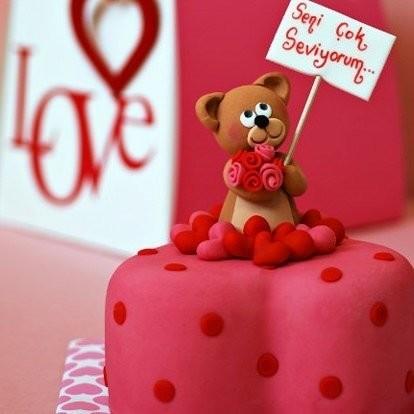 2018 resimli doğum günü mesajları - Sana binlerce öpücük ve sevgi yolluyorum buradan... Bil ki unutulmadın... Doğum günün kutlu olsun...