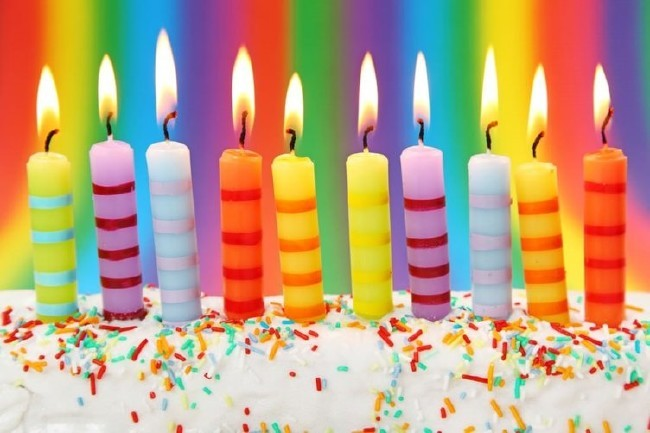 2018 resimli doğum günü mesajları - Yılların sormadığı, yolların yormadığı, arkadaşların unutmadığı bir ömür için bu doğum günün yeni bir başlangıç olmasını dileriz. Doğum günün kutlu olsun.