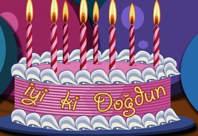 """2018 resimli doğum günü mesajları - Biraz şans, biraz sevgi ve sabır, birer parça zaman, başarı ve memnuniyeti de eklersek malzemelere, hepsini karıştırıp senin için uzun ve dileklerinin gerçekleştiği bir """"hayat pastası"""" yapabiliriz sanırım… Nice yaşlara!"""