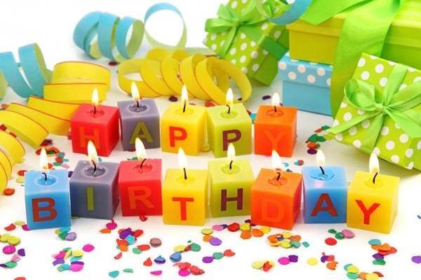2018 resimli doğum günü mesajları - Sakın üzülme hayatın hızına, en güzel yıllar çabuk geçenlerdir... Geleceğini oluşturacak her yeni günün bir önceki günden daha güzel, isteklerine uygun ve seni mutlu edecek şekilde olmasını dilerim...