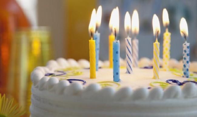 2018 resimli doğum günü mesajları - Saatlerdir parlak bir fikir arıyorum sana hoş bir mesaj yollayabilmek, pırıl pırıl bir yaşam dileyebilmek için... Doğum günün kutlu olsun...