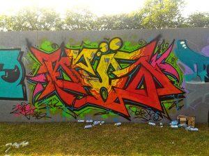 CodyCross bulmaca duvarlara yapılan resim