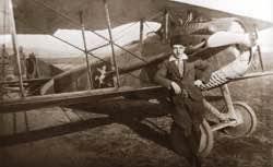 vecihi-hurkusun-pilotluk-kariyeri