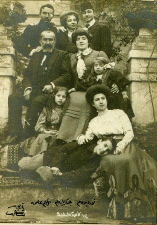 sakir pasa ve ailesi